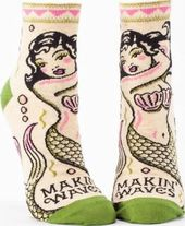 Makin' Waves - Women's Ankle Socks
