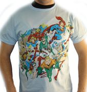 DC Comics - Group Flying Distressed - T-Shirt