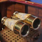 Binocular W Mop Overlay In Wood Box