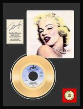 "Marilyn Monroe - Heat Wave: Framed 12""x16"" Gold"