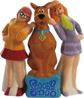 Scooby Doo - Scooby-Doo and His Girls Salt &