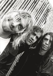 "Nirvana - Band Shot: Flag / Poster / Scarf (30"" x"