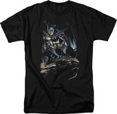 DC Comics - Batman - Perched - T-Shirt
