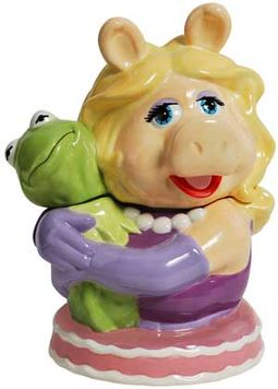 The Muppets - Miss Piggy Hugging Kermit Cookie Jar