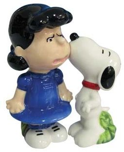 Snoopy & Lucy Kiss Salt & Pepper Shakers