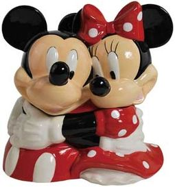 Disney - Mickey Mouse - Mickey & Minnie Hugging -