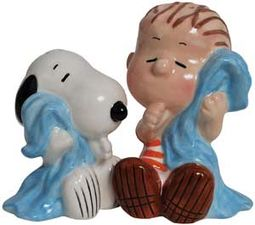 Peanuts - Snoopy & Linus Salt & Pepper Shakers