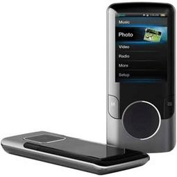 COBY MP707 4 GB-MP3/MP4 Player with FM Radio