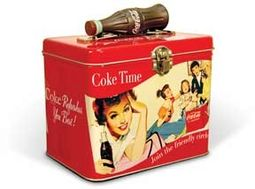 Coca-Cola - Girlfriends' Get-Together: Train Case
