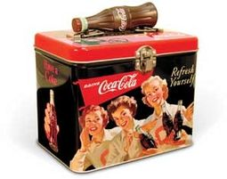Coca-Cola - 3 Girls: Train Case with Bottle Handle