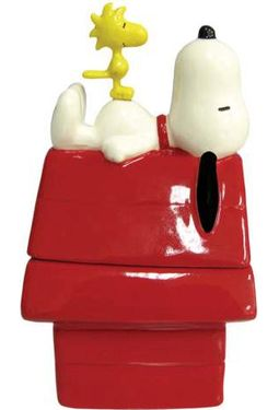 Snoopy & Dog House Salt & Pepper Shakers