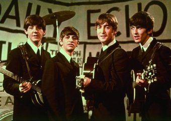 The Beatles - Daily Echo On Stage: Color Portrait